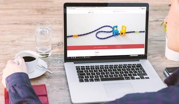 Trang web là công cụ sở hữu nhiều ưu điểm