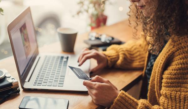 Cần cung cấp cho khách hàng nhiều tùy chọn thanh toán để việc mua hàng được suôn sẻ và thuận tiện hơn
