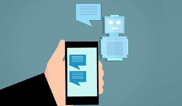 Chatbot cập nhật thông tin thay đổi của sản phẩm đến mỗi khách hàng khi cần thiết.
