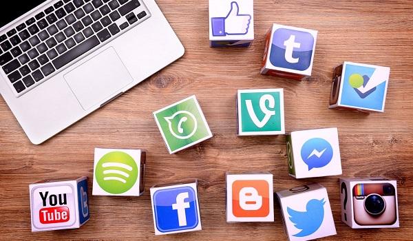 Facebook, Youtube,... là những mạng xã hội có lượng người dùng lớn nhất hiện nay.